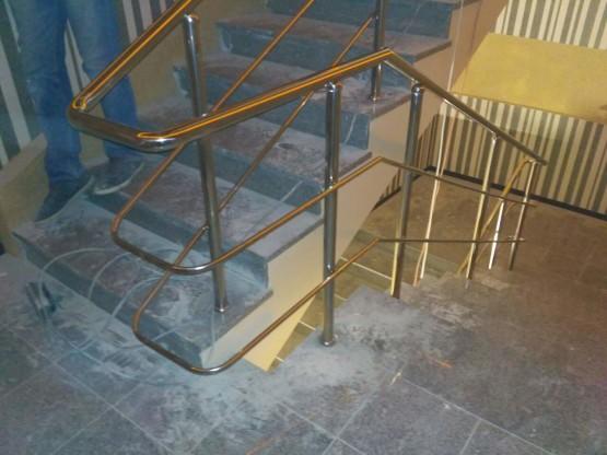 Поручни для лестницы из нержавеющей стали